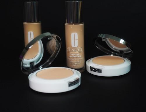 TEST kompaktowej wersji podkładu CLINIQUE Beyond Perfecting Powder