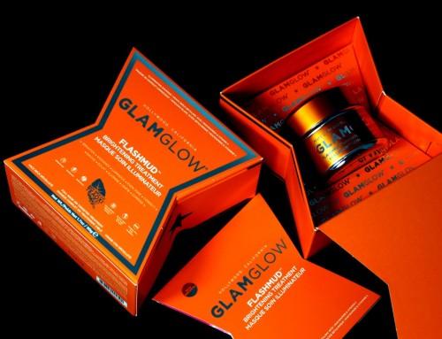GLAMGLOW FLASHMUD Brightening Treatment Kuracja rozświetlająca do twarzy, szyi i dekoltu